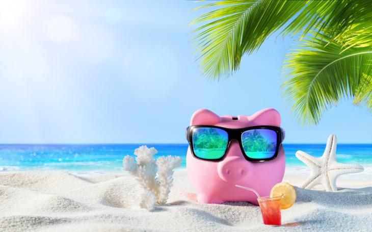 Ušetřit na dovolené lze i tam, kde byste to nečekali. Nečekané výhody a bonusy přímo před očima