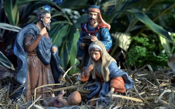 Advent a Vánoce v Čechách patří Ježíškovi. Není to žádný Santa Claus a nenosí červenou čepičku. Nejznámějšího máme u nás