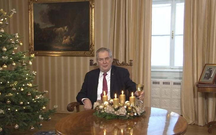 Vánoční poselství prezidenta a papeže. Co mají společného? Všichni je okomentovali, ale… Přečetli jsme