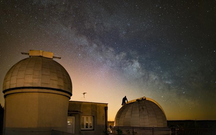 Nebeský program na celý rok 2020… Zamyšlení i pohled na svět v jiných souvislostech, to nabízí královéhradecká hvězdárna