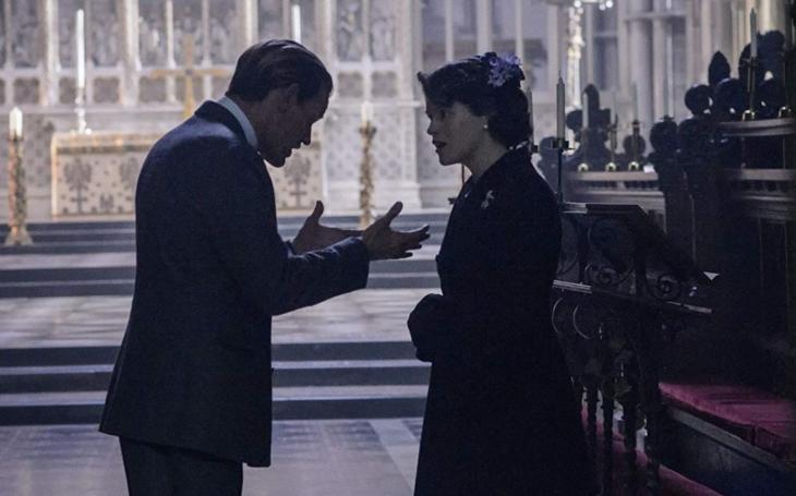Královna Alžběta čelila mnohem horšímu trápení a ponížení než nyní. Třeba když ji zesměšnila první dáma nebo podváděl manžel