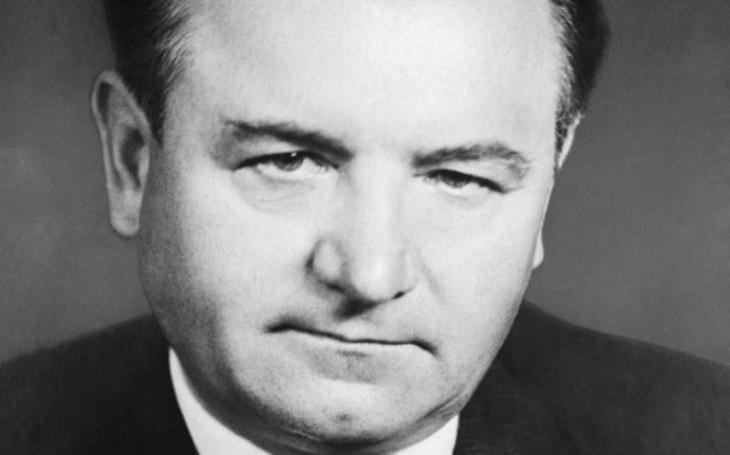 Krutý diktátor, nebo bezmocný zoufalec? Ani Gottwaldův život nebyl černobílý
