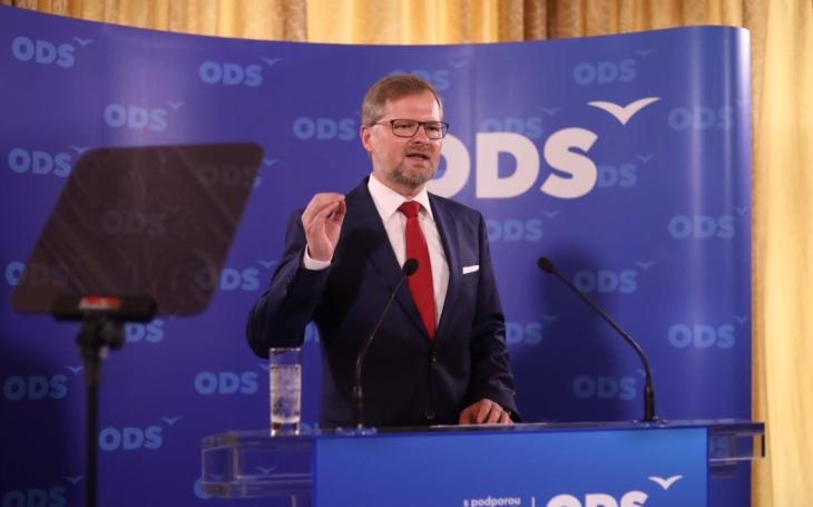 Jak si v Kocourkovsku vychovávají zdravotnické kádry a zda bude předseda ODS skutečně jednou připuštěn. Co zaujalo Jiřího Macků