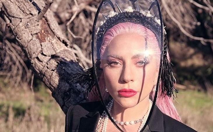 Největší hvězdy zavítají do vašich domovů. Překoná mega projekt Lady Gaga legendární Live Aid? Sobota Pavla Přeučila