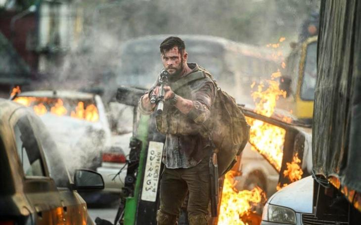 Akční jízda, v níž se Chris ´Thor´ Hemsworth dokonale vyřádil a Netflix konečně boduje i v tomto žánru. Premiéry Pavla Přeučila