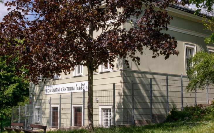 Hurá, otevírá se. Komunitní centra Prádelna a Louka obnovují provoz 22. června a chystají letní program