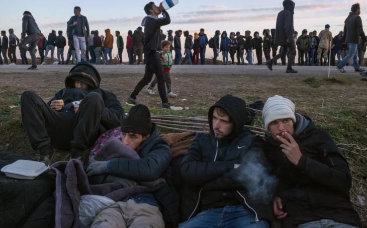 Proč přicházejí? Imigranti ze ´srdce temnoty´ do pekel modernity. Glosa Iva Fencla