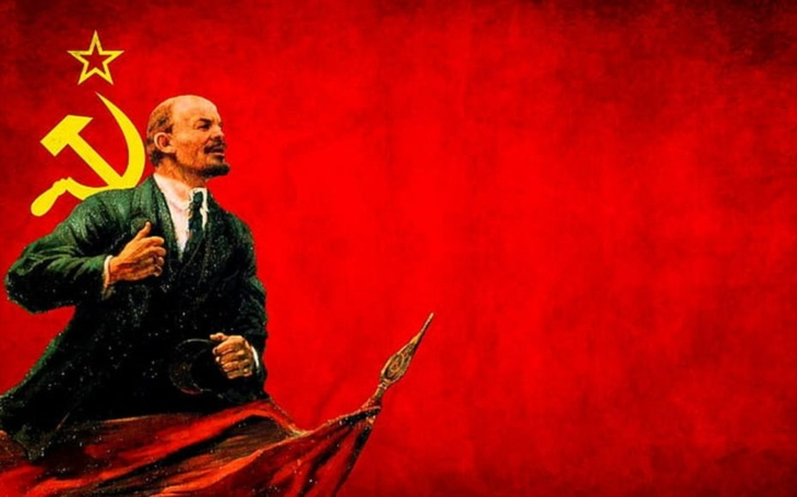 Paní Totalita a soudruh Lenin. Glosa Iva Fencla