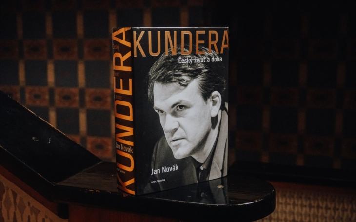 RECENZE Pryč s tím, co nás učili. Přečetli jsme Novákovu kritizovanou knihu o Milanu Kunderovi. A hodně se nám líbila