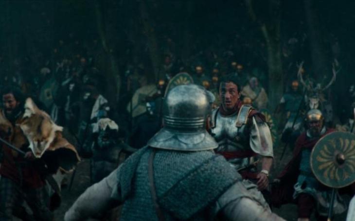 Seriál Barbaři je slabší odvar Vikingů. Bohužel se nevyvaroval německého patosu. Premiéry Pavla Přeučila