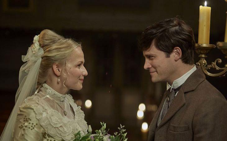 TV RECENZE Osud zamilovaného páru v rukou vyšší moci. Hodinářův učeň nabízí vizuálně opojný divácký zážitek