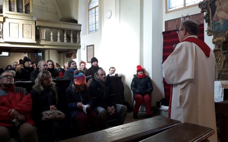 Pokud se nám daří milovat, jsme nejšťastnější, říká kněz Martin Sedloň. Konzumismus je podle něj horší než komunismus