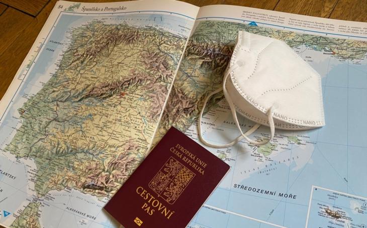 Ve Španělsku s rouškou i do moře. A bez ´covid pasu´ se nehneme. Chystáte letní dovolenou? Mácháč je jistější. Středa Pavla Přeučila