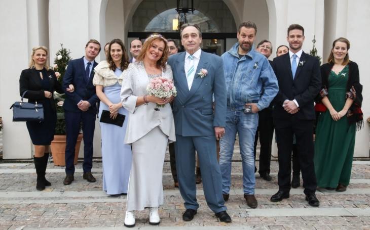 Nevěstu v martenskách jen hrála, ve skutečnosti se nikdy nevdala. Jitka Sedláčková měla totiž panický strach. VIP skandály a aférky