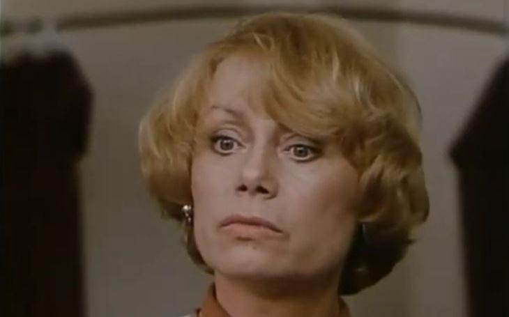 Vévodila dramatu, přesto ji známe hlavně z detektivek. Pravda o smrti mondénní blondýny byla utajena třicet let. Tajnosti slavných