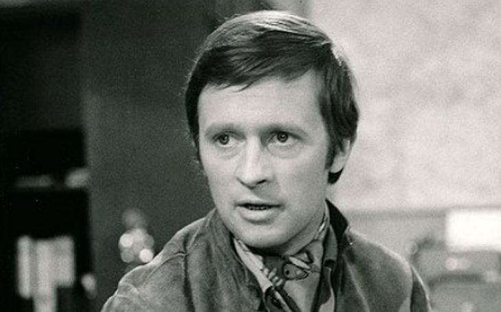 S 'Obermaierkou' nosil dva roky parohy, kvůli 'Kubišce' skončil v trezoru. A táta mu kariéru málem zničil. Tajnosti slavných