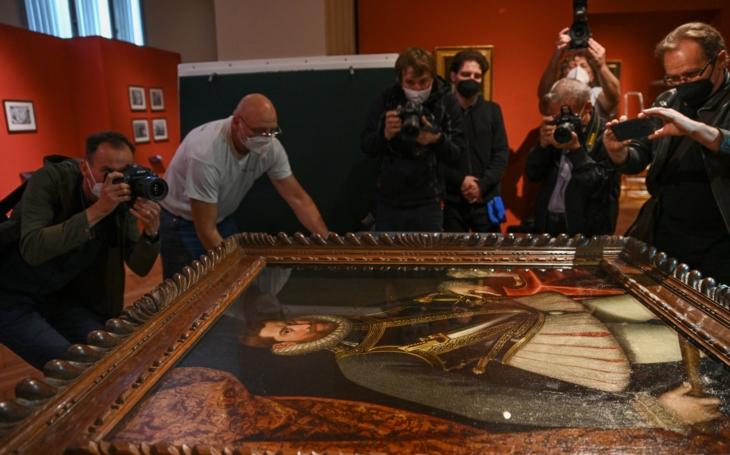 V Hradci nejsou troškaři. Nádherně zrekonstruované muzeum od Kotěry hostí jako první po covidu jedinečnou výstavu s díly, která jsou tu k vidění poprvé