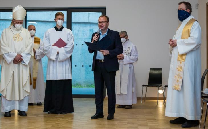 Jediným ziskem je vědomí obecné prospěšnosti… Projev při otevření komunitního centra v kostele Krista Spasitele na Barrandově