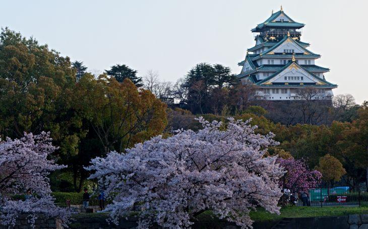 Megalitické záhady v japonských hradech. Kde se vzaly vyspělé technologie? S cestovatelem Milošem Beranem podruhé do Japonska