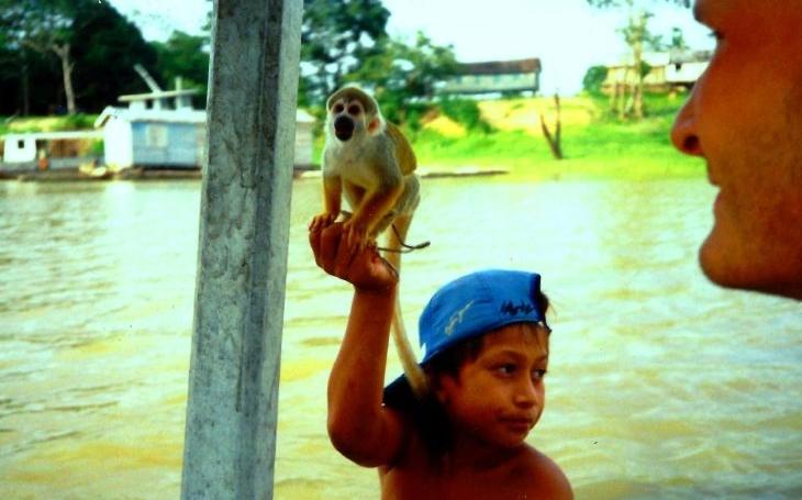Lov kajmanů a jiné turistické kratochvíle v Amazonii. S cestovatelem Vojtěchem Alberto Slámou podruhé do jižní Ameriky